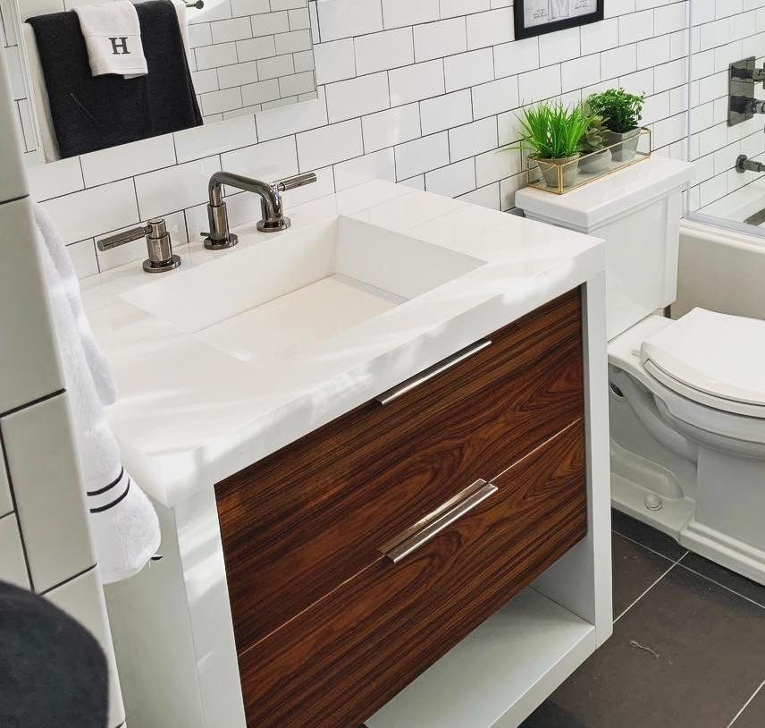 Creating the Look – The Modern Farmhouse Bathroom